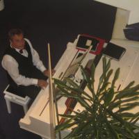 Pianist Richard Geyer
