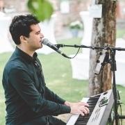 Eugen Nevo - Hochzeitssänger & Pianist