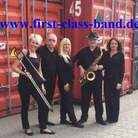 FIRST-CLASS-BAND-02